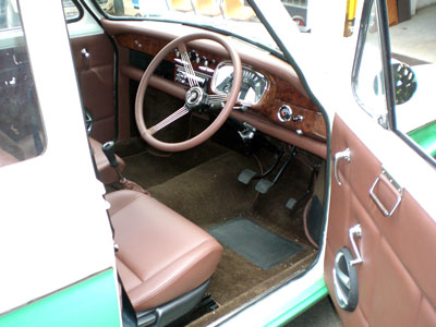 Morris Austin Lancer Series I with newly installed wood grain custom dash, perfectly complementing the restoration workmanship or Allan's Motor Engineering. Sydney NSW.